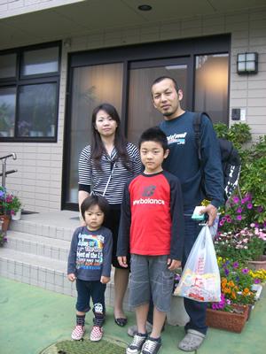 福岡屋旅館前